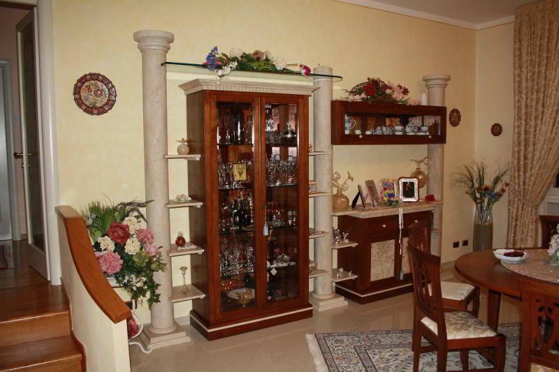 Arredamento artigianale toscano falegnameria santa luce for Mobili soggiorno legno